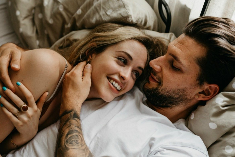 How to make a married man sleep with me